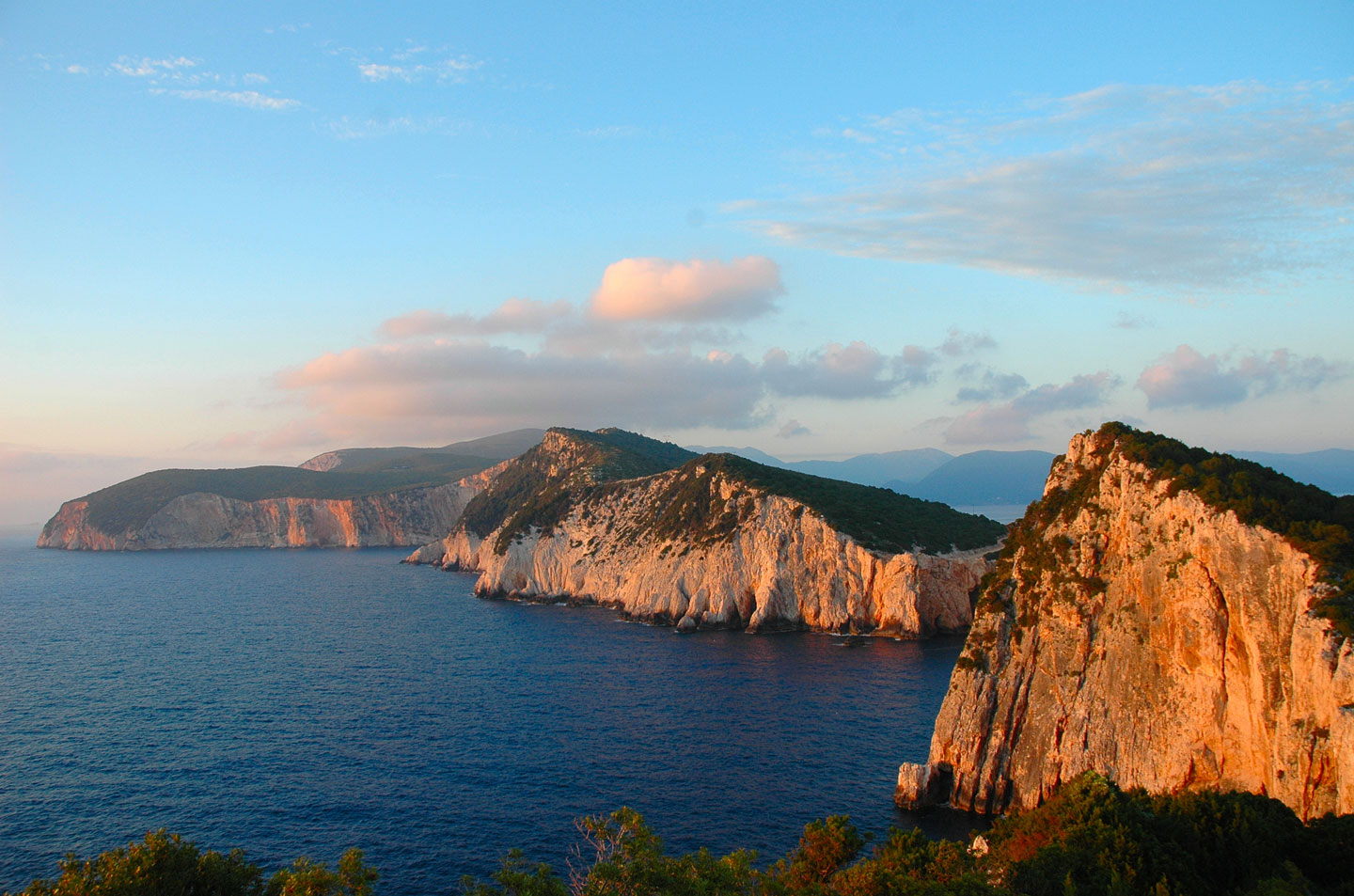 Cape Lefkatas and the ancient lyric poetess Sappho
